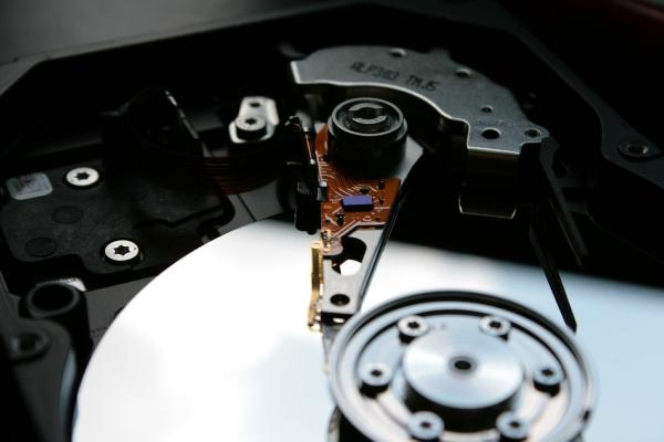 nizkourovnevoe-formatirovanie-zhestkogo-diska